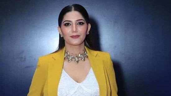 Sapna allegedly took money for a stage show but did not perform. She also breached the agreement of the contract, the company alleged.(Twitter: @_sapnachoudhary)