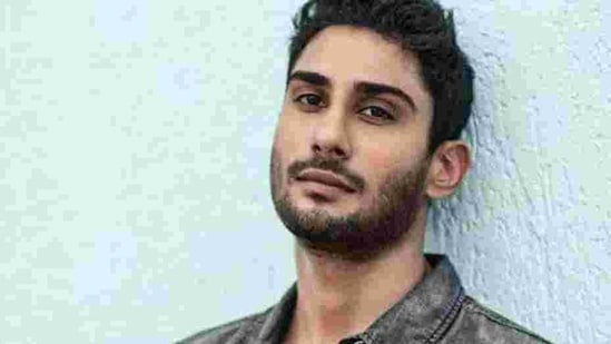 Prateik opens up about getting his life back on track after alcohol and drugs, says he owes it to mom Smita Patil - Hindustan Times