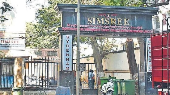 Experts at the Sydenham Institute of Management Studies, Research and Entrepreneurship Education (SIMSREE) said while students applied for the course under EWS quota in February 2020, many youngsters lost jobs during the lockdown, straining family income. FILE PHOTO