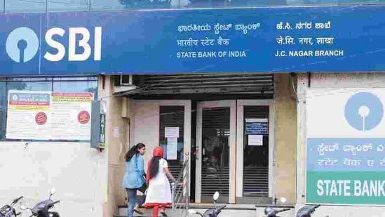 Only 0.67- 0.68% of its home loan portfolio has turned bad and very few customers opted for the RBI's moratorium scheme that allowed borrowers to get their loan repayment terms altered.(Hemant Mishra/Mint)