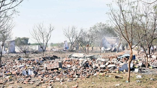 Image result for Tamil Nadu firecracker factory blast toll goes up to 19, PM and CM announce relief