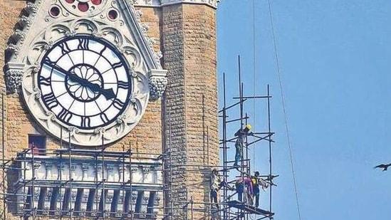 Work on at the Rajabai Tower in Fort, Mumbai . BHUSHAN KOYANDE/ HT