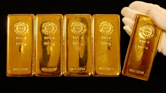 Gold bars are displayed at the Ginza Tanaka store in Tokyo. (REUTERS)