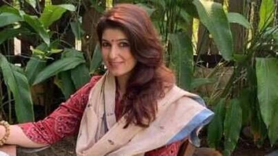 When Twinkle Khanna was locked inside the school with her boyfriend, jumped out of classroom window - Hindustan Times