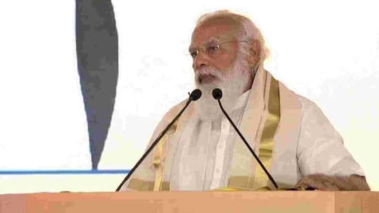Prime Minister Narendra Modi inaugurated five important projects in Kochi including a <span class='webrupee'>₹</span>6000 crore petro-chemical complex of oil major Bharat Petroleum Corporation of India, on Sunday. (TWITTER/@BJP4India).