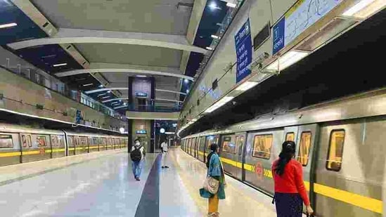 The National Common Mobility Card will allow entry and exit from Metro stations with the help of a smartphone, known as the automatic fare collection system(AP)
