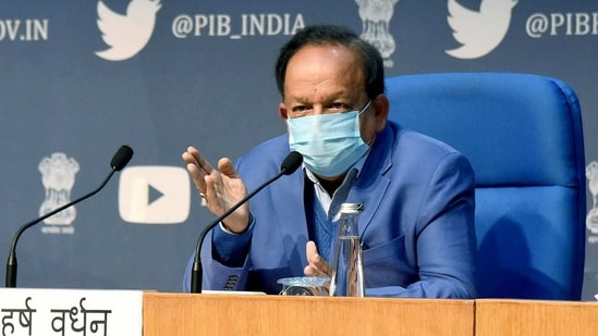Union Minister for Health & Family Welfare, Science & Technology and Earth Sciences, Dr. Harsh Vardhan addressing a press conference.(ANI)