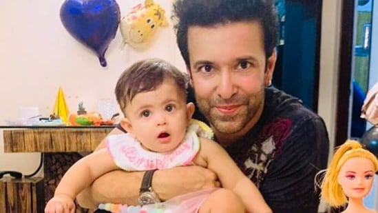 Aamir Ali has shared the first good look at his daughter.