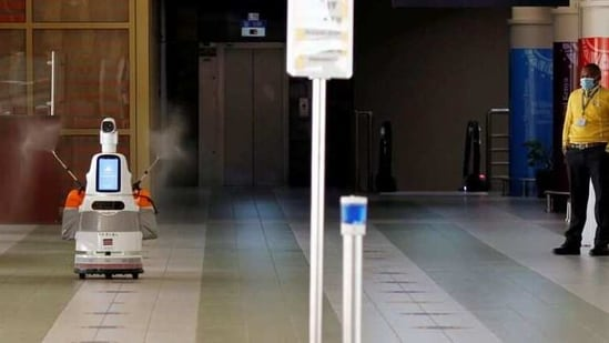 Anti-pandemic robot named Jasiri, disinfects the passenger arrivals area, amid the coronavirus disease (COVID-19) spread at Jomo Kenyatta International Airport in Nairobi, Kenya February 12, 2021. REUTERS/Monicah Mwangi(REUTERS)