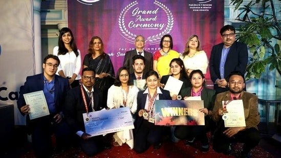 A total of 27 teams of blooming managers from the specializations of Finance, Marketing & HR participated in this rigorous competition with their innovative ideas and in-depth research guided by the esteemed faculty members.(Digpu)