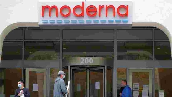 A sign marks the headquarters of Moderna Therapeutics, which is developing a vaccine against the coronavirus disease (Covid-19), in Cambridge, Massachusetts, US.(Reuters File Photo)