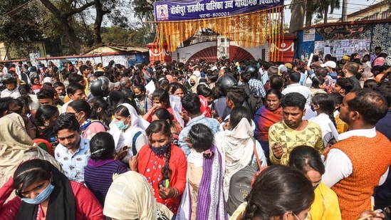 Patna: Students leave an examination centre after appearing in Bihar Board's 10th class exams, in Patna, Wednesday, Feb. 17, 2021. (PTI Photo) (PTI02_17_2021_000031B)(PTI)