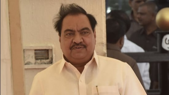 Eknath Khadse in his plea stated that he apprehended being arrested on responding to the summons issued to him by the investigating agency. (HT FILE)