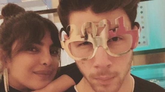 Priyanka Chopra says her relationships before Nick Jonas 'always ended up being toxic': 'I kept making same mistakes' - Hindustan Times