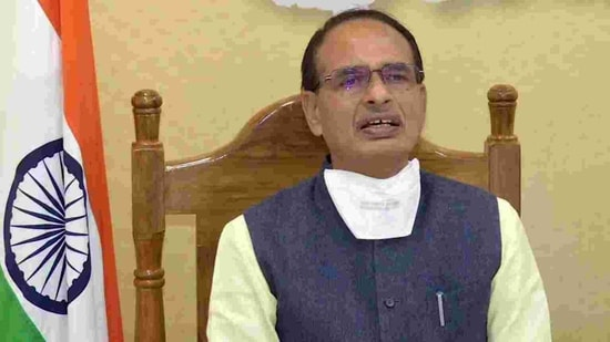 Chouhan had announced an ex-gratia of <span class='webrupee'>₹</span>5 lakh to the families of the victims on Tuesday while Prime Minister Narendra Modi had announced an ex-gratia of <span class='webrupee'>₹</span>2 lakh for the families and <span class='webrupee'>₹</span>50,000 for those seriously injured.(ANI)