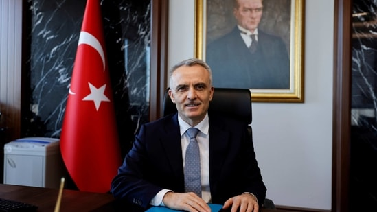 For Agbal, 53, a former finance minister who is close to Erdogan, emphasizing the need to finally get inflation down to an official 5% target is the obvious strategy given it is a central banker's raison d'etre.(REUTERS)