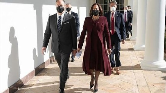 Kamala Harris, Vice President of the US don tone on tone look by Prabal Gurung (Instagram)