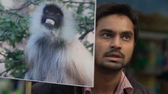 Eeb Allay Ooo! movie review: Shardul Bhardwaj embodies the desperate dignity of a migrant worker in Prateek Vats' stunning social satire.