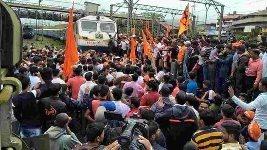 Farmers blocked train tracks as part of a four-hour nationwide 'rail roko' protest