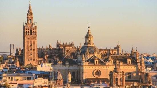 Spain to make quarantine obligatory for travellers(Unsplash)