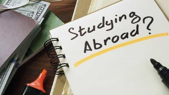 Studying Abroad concept. Notepad on the table.(Getty Images/iStockphoto)