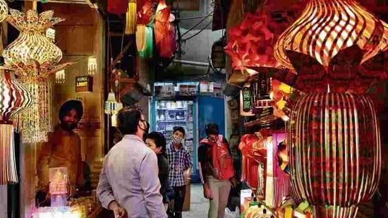 CAIT, over 40,000 traders' associations across the country will support the Bandh(PHOTO: Shivam Saxena/ HT)