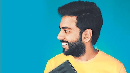 Composer Yashraj Mukhate's latest dialogue mashup, Pawri Ho Rai Hai, has gone viral.
