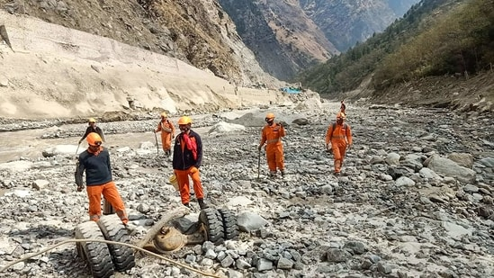 Rescuers on Thursday recovered another body from the Tapovan dam tunnel in Uttarakhand's flash flood-hit Chamoli district, taking the toll from the tragedy to 59,(PTI)