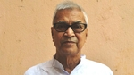 Rabiranjan Chatterjee, who joined politics after retirement in 2004, first contested the elections on a TMC ticket in 2011 from Burdwan Dakshin and won by 37,000 votes against CPI (M) heavyweight and former minister Nirupam Sen. (TWITTER).