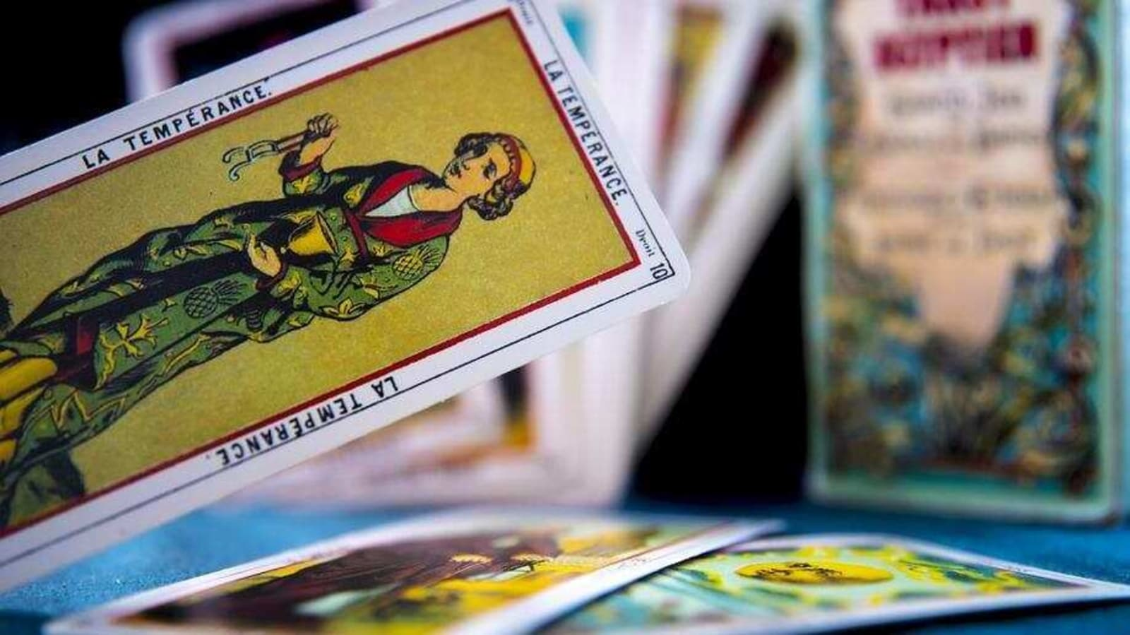 Weekly Tarot Card Readings: Tarot prediction for February 21-February 27 - Hindustan Times