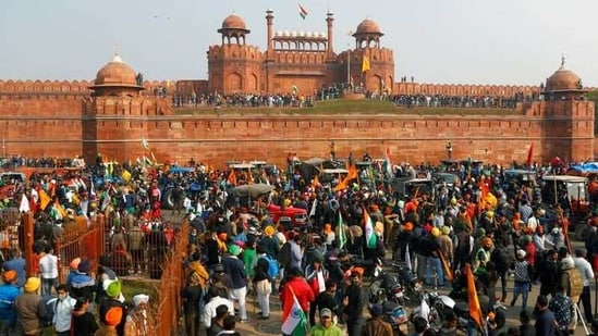 Protesters in front of Red Fort during a protest against farm laws on January 26.(REUTERS)