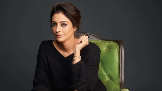 Anees Bazmee denied that Tabu is to blame for the Bhool Bhulaiyaa 2 shoot getting delayed.