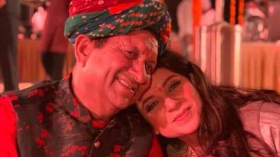 Kangana Ranaut with her father.
