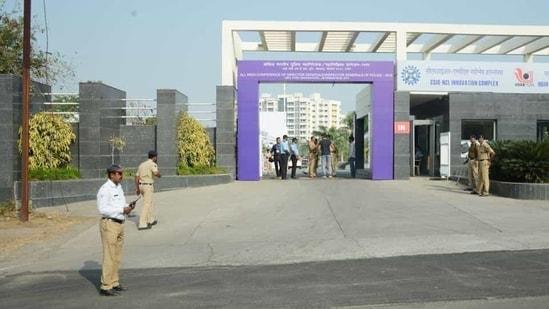 Police officials at IISER .(Milind Saurkar/HT Photo)