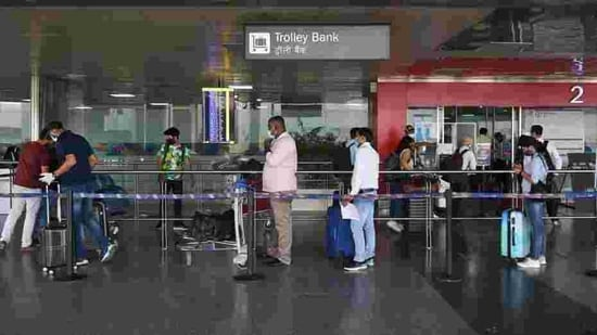 Transit passengers will have to wait for their test reports before boarding the connecting flight, the new SOP says. (Representative Image)(Vipin Kumar/HT PHOTO)