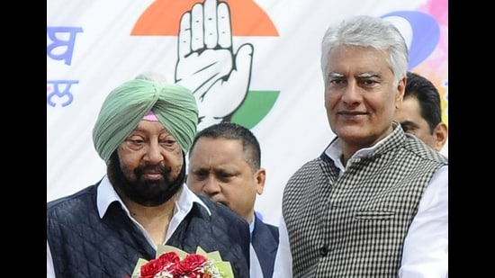 """he state Congress has already launched mission """"#Captainfor2022"""", and the next elections would be fought under his leadership, said Punjab Congress chief Sunil Jakhar (HT photo)"""
