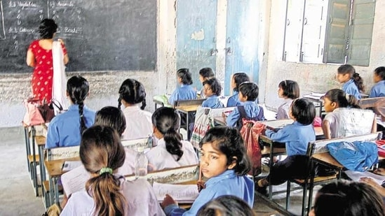 Even though Jharkhand government has permitted to restart the schools for class-8 and above from March 1, decision for reopening of schools from class-1 to class-7 is yet to be taken by the government.(HT file)
