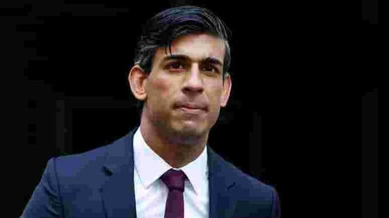 FILE PHOTO: Britain's Chancellor of the Exchequer Rishi Sunak is seen at Downing Street amid the coronavirus disease (COVID-19) outbreak in London, Britain September 24, 2020. REUTERS/John Sibley(REUTERS)