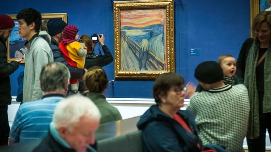 "People look at ""The Scream"" at the National Gallery in Oslo.(AP)"