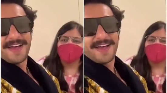 Ranveer Singh made a video with a fan.