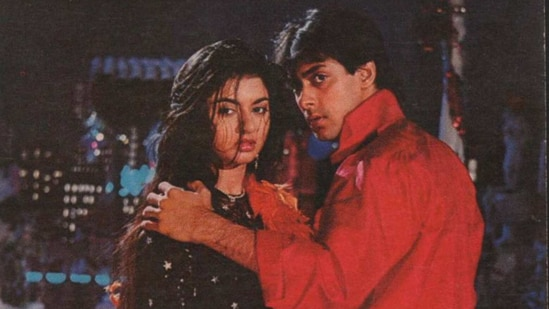 Salman Khan and Bhagyashree starred together in Maine Pyaar Kiya.
