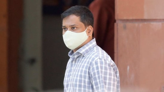 Shantanu Muluk, a climate activist, arrives at National Cyber Forensic Lab for an investigation, in New Delhi, India, February 23, 2021. REUTERS/Adnan Abidi(REUTERS)