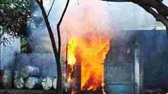 The reason for the blast in the factory, which stands on Ghoghripur Road, is yet to be ascertained. The explosion was so forceful that a major portion of the building collapsed. (HT File)