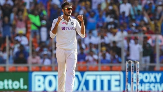 Indian bowler Axar Patel celebrates the dismissal of England's Jofra Archer on the first day of the 3rd cricket test match between India and England, at Narendra Modi Stadium in Ahmedabad.(PTI)