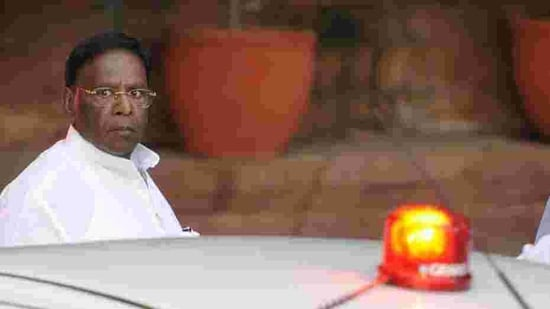 V Narayanasamy-led Congress government lost power in Puducherry following a spate of resignations by party MLAs(HT File Photo)