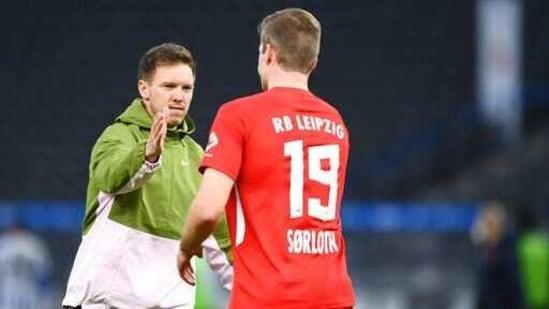 Leipzig's head coach Julian Nagelsmann with Alexander Sorloth: File photo(AP)
