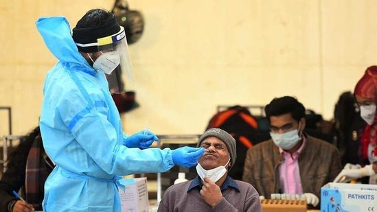 The number of tests in the city, meanwhile, has seen a considerable dip from peak levels over the past few weeks.(Raj K Raj/HT file photo)