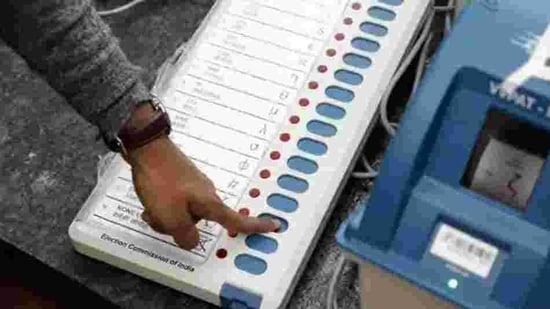 The Election Commission on Friday announced the poll schedule for five assemblies of Assam, West Bengal, Kerala, Tamil Nadu and Puducherry.(HT File Photo)
