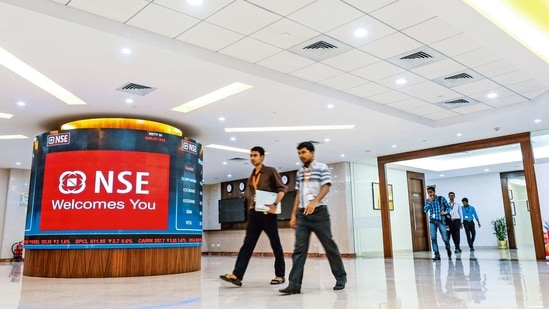India's largest stock exchange, NSE announced on Wednesday it shut at 11:40am local time because of a telecoms problem.(MINT_PRINT)