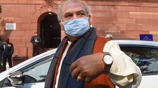 New Delhi: Union Agriculture Minister Narendra Singh Tomar arrives at Parliament during the ongoing Budget Session, in New Delhi, Monday, Feb. 8, 2021. (PTI Photo/Manvender Vashist)(PTI02_08_2021_000053A)(PTI)
